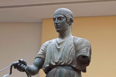 charioteer statue in delphi greece